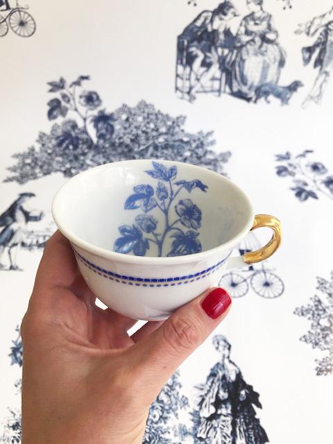 Grateful teacup